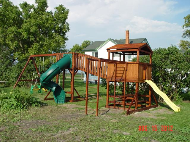 Custom Backyard Play Structures : Play Structures